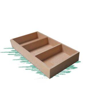 בנייה עצמית של מגש מעץ עם 3 תאים