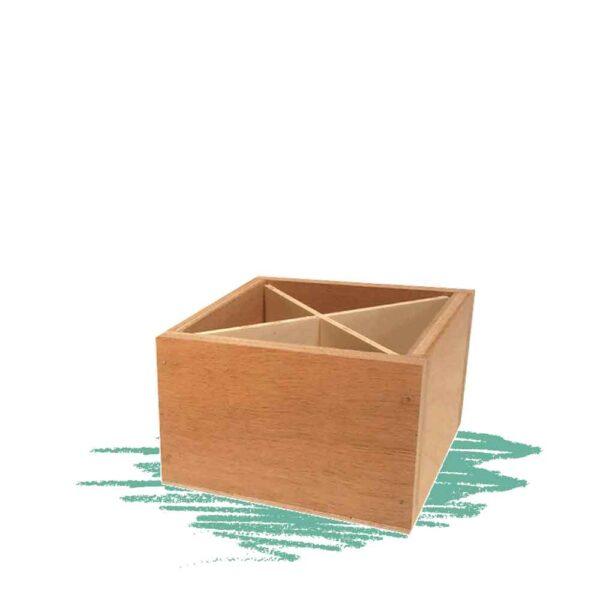 בניית ארבע תא מעץ לשימושים שונים