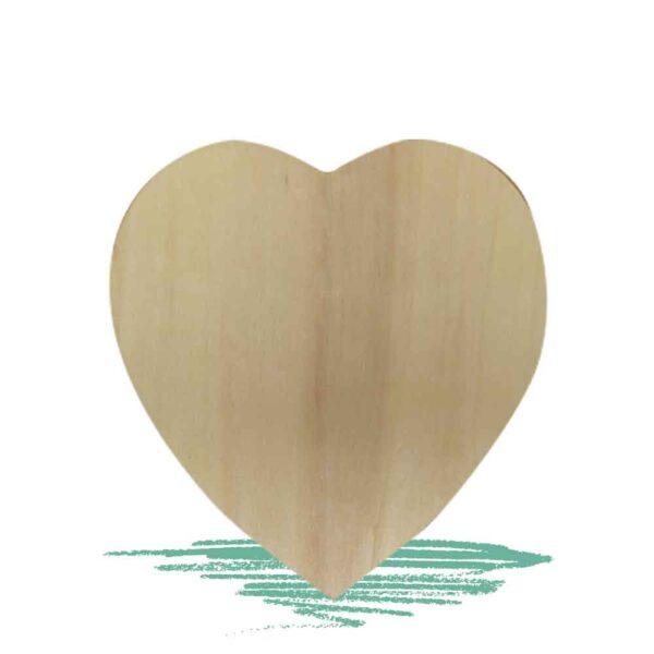 חיתוך עץ בצורת לב