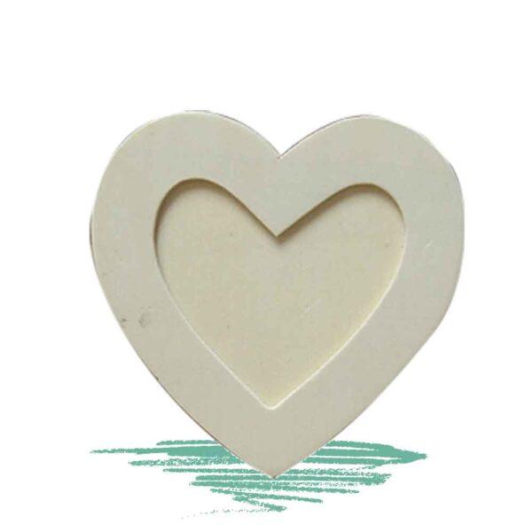 מסגרת לתמונה בצורת לב