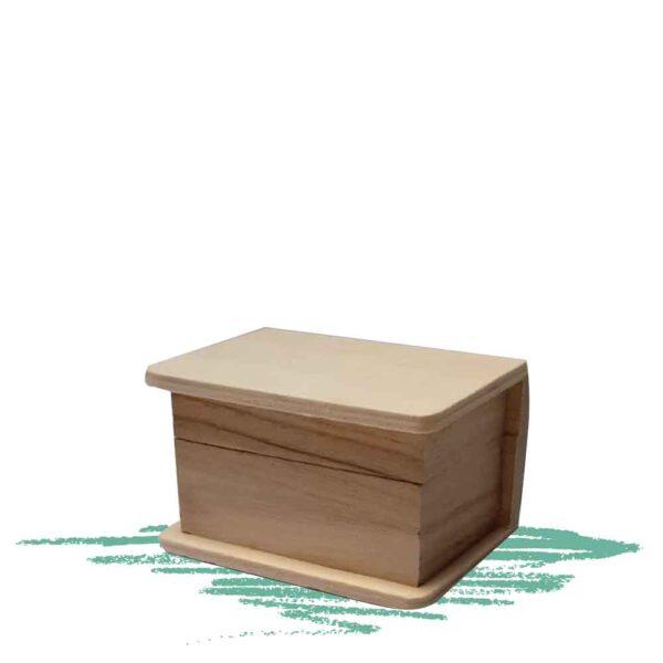 קופסת עץ קטנה עם פינות מעוגלות