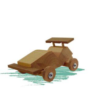 מכונית מירוץ צעצוע - ילדים בונים בעץ
