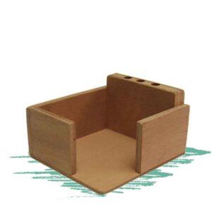 מעמד לניירות ועטים מעץ לבנייה עצמית