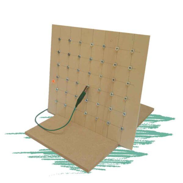בניית לוח משחק צוללות בשילוב אלקטרוניקה