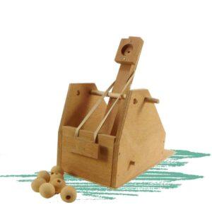 בניית בליסטראת צעצוע מעץ